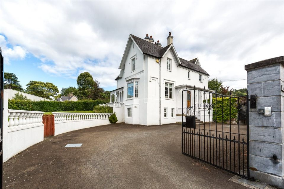 Ashbourne House, Mountain Road, Clonmel, Co. Tipperary, E91 NW93